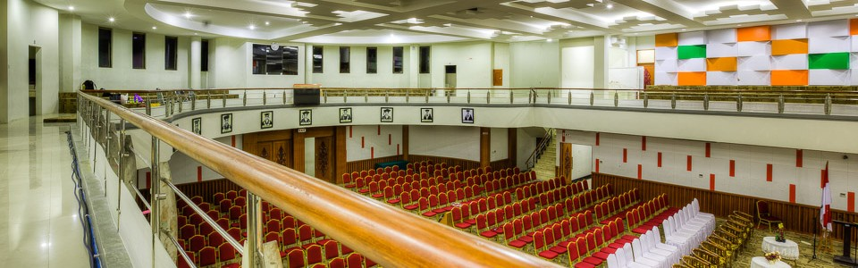 Convention Hall was built to meet the needs of Andalas University in organizing conferences, public lectures and meetings with a large number of participants